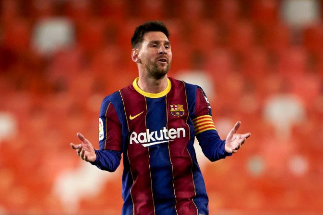 Report: Messi 'accepts' Barca's renewal offer